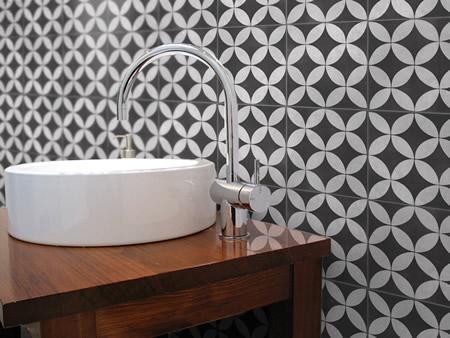 Southern Cross Artisan Oxford Black 200x200 Tile Stone Paver